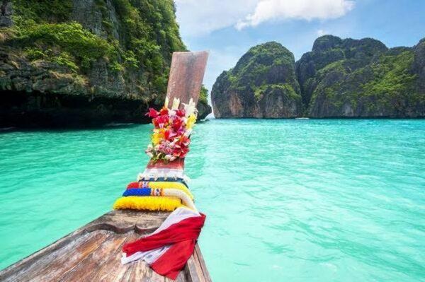 Rituel Thaïlandais - Escale à Koh Phi-Phi